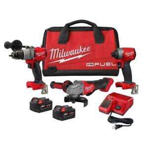 NEW Milwaukee 2997-23G 18V Drill/Driver Kit