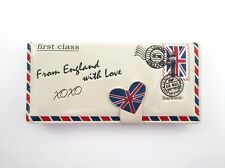 SHAGWEAR WALLET ~ FROM ENGLAND with LOVE IVORY SNAP TAB ZIPPERED WALLET ~ NEW