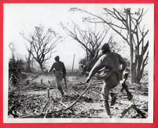 1945 Chinese Soldiers Advance in Burma Behind Artillery Barrage News Photo