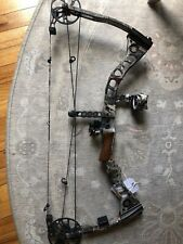 Matthews Left Handed Switchback Xt Bow :with/ Cobra 3 pin sight, arrow rest