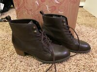 Tara M Gianna US Size 7.5 Booties Lace Up Brown Women's
