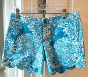 """Lilly Pulitzer The Buttercup Shorts 4.5"""" Blue Floral Scallop Hem Size 00 NEW"""