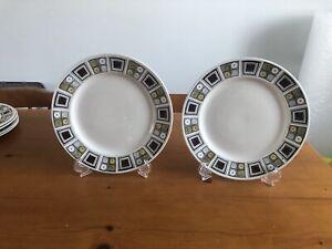 Kathie Winkle Broadhurst Rushstone 9.5 Inch Dinner Plates (A)