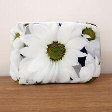 Make up Bag Purse Daisy Cosmetics Gifts Brass White Zipper Flower Floral Flower
