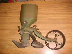 Iron Age vintage complete PLANTER Hill and Drill SEEDER, like Planet Jr, garden