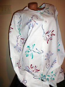 Best Medical Warm up Jacket  2 bottom Pockets Floral Print Sizes 4X & 5X