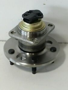 Pronto PT513062 Axle Hub Assembly Rear, fits Vehicles Listed on Chart Below