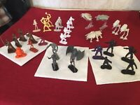Star Wars Command Army Men Mini Figures and Vehicles, Lot Of 30 Figures.