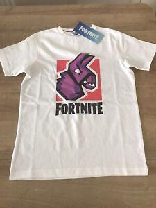 BNWT Kids Fortnite Tshirt Size Medium Age 10-12 Years