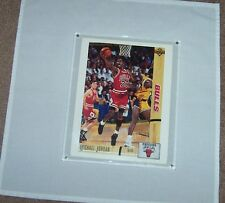 1991/92 Upper Deck card/hologram  of Michael Jordan with the Chicago Bull