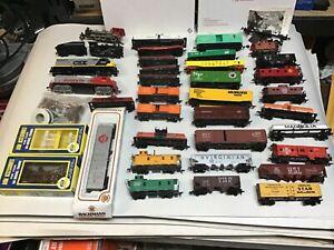 HO Train Lot  Cars Locomotives box cars tank cars lot used