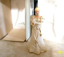 New ListingLenox Figurines Decorating For Christmas Ivory Must See