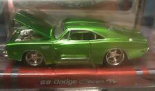 MAISTO PRO RODZ 1:64 - 1969 Dodge Charger R/t (Green)-NIP