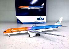 Gemini Jets 1:400 BOEING 777-300ER KLM PH-BVA ORANGE PRIDE (WITH TUG)