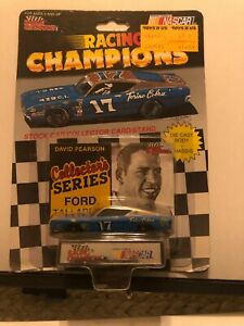 1/64 RACING CHAMPIONS COLLECTORS SERIES DAVID PERSON #17 FORD TALLADEGA TORINO