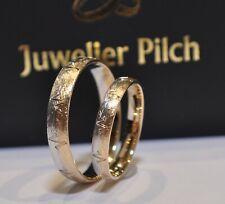 Ein Paar Gold 333 Trauringe Eheringe Breite 3mm und 4mm Eismatt Herzschlaglinie