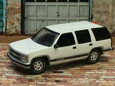 1st Generation 1992 - 2000 Chevrolet Tahoe 1500 SUV 1/64 Scale Limited Edit. D6