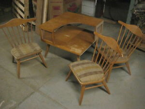 Conant ball 2-tier corner end table & 3 side chairs