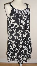 BLACK & WHITE DRESS / LONG BLOUSE TOP  SIZE SMALL - MEDIUM (10 - 12)