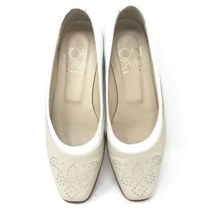 Joan & David Womens Size 5.5 M Leather Flats Shoes Handmade in Italy Tan White