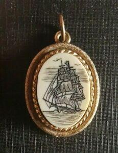 Antique Brass Pendant Scrimshaw Cabochon Hand engraved Design (103B)