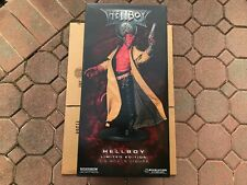 Sideshow Hellboy Premium Format Figure 1/4 Scale Ron Pearlman 2004 6/2000 New