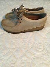 Women's Clarks Originals Wallabees Shoes, Size 7M, Tan Suede