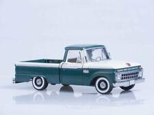 Scale model 1:18  Ford F-100 Custom Cab Pickup - Wimbledon White / Green 1966