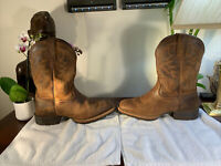 Mens 8 EE Ariat Brown Leather Extra Wide Cowboy Boots Nice Shape style#10023175