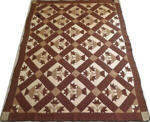 Antique 1920's Hand Stitched 8 spi Brown Carolina Lily Quilt 87x69