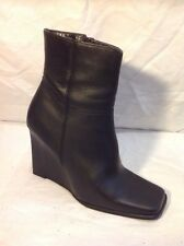London Rebel Black Ankle Leather Boots Size 5