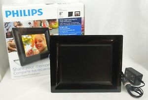 "Philips 8"" LCD Digital Photo Frame – 8FF2FPB – Built in Alarm Clock"