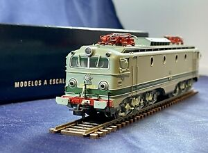 Electrotren HO Scale #2703 Type 276 Electric Locomotive Renfe #276-011 Era IV