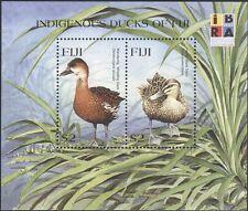 """Fiji 1999 """"DALLA"""" 99""""/anatre/Birds/NATURA/conservazione/stampex 2v M/S (s4163)"""