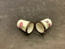 LIMOGES FRANCE DOUBLE THIMBLE HINGED BOX WHITE PORCELAIN HAND PAINT PINK FLOWERS
