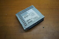 Original Volvo V50 Radio con CD 8696051-1 8696051