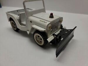 Vintage Tonka white JEEP CJ AA WRECKER Truck Snow Plow 1960's decent condition