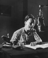 OLD PHOTO CBS RADIO TV Agnes Moorehead in the radio drama Sorry, Wrong Number 3