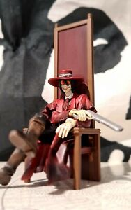 "HELLSING - ALUCARD SEARCH & DESTROY AWAITING anime Figure 2008 loose 4.5"" RARE"