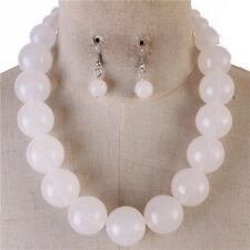 white Lucite Bead Gradual Necklace earring