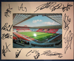 Sunderland AFC 21/22 HAND SIGNED 10x8 MOUNT DISPLAY Signed By 14 Players B