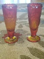 LE Smith Vintage Amberina Grape Pattern Glass Vase Scalloped Rim