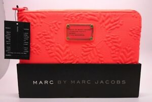 BNWT Marc By Marc Jacobs 3D Leaves Bright Sunset Orange Electronic Tablet Sleeve