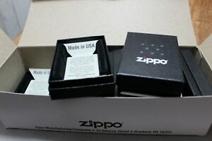 acht   leere original ZIPPO  Schachteln /  Papp Boxen - NEU - A01