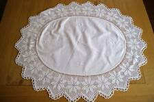 VINTAGE OVAL TABLECLOTH TABLE TOPPER TABLECENTRE Embroidery & Crochet Lace #T33