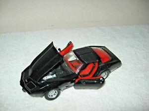 1979 CHEVY CORVETTE  BLACK 1:24 SCALE  MOTOR MAX OPENING HOOD & DOORS NEW!