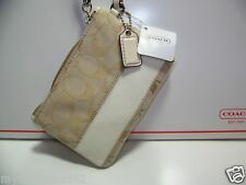 COACH KHAK/WHITE SIGNATURE WRISTLET PURSE F42618 NEW WITH TAG