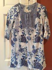 Anthropologie Size S White/Blue Button Front Keyhole Smocked Cotton Tunic