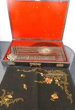 Antike dekorative Zither Carl Ruckmich mit Deckchen u.Holzkasten Sammlerstück