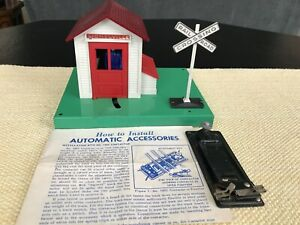 Postwar Lionel #145 Automatic Gateman C-7